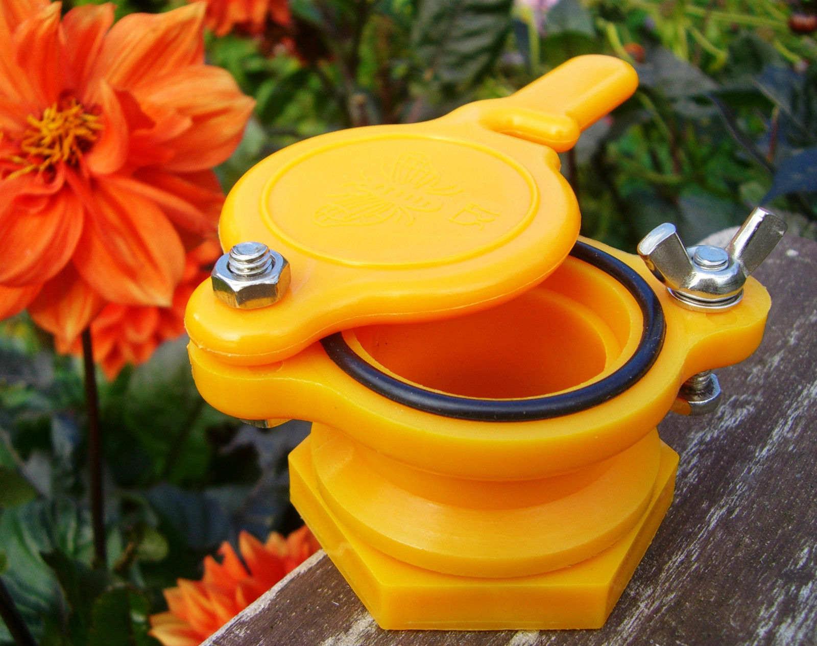 Nylon Honey Gate | 9Hives Beekeeping & Beehive Equipment Okanagan