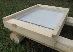 screened bottom board | 9Hives Beekeeping & Beehive Equipment Okanagan